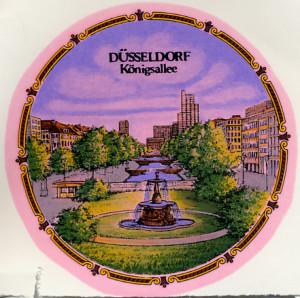Düsseldorf  Kö  Kordelrand